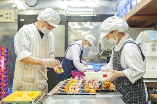 Công ty xuất khẩu lao động Thành Đô tuyển 4 nữ 3 nam  đơn hàng chế biến thực phẩm